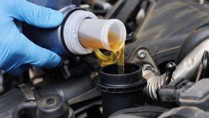 Руководство для новичков: как заменить автомобильное масло